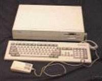 Рис. 1. Amiga 1000