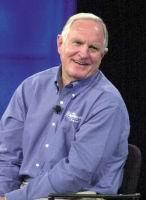 Крейг Барретт (Craig Barrett), главный исполнительный директор (CEO — Chief Executive Officer)