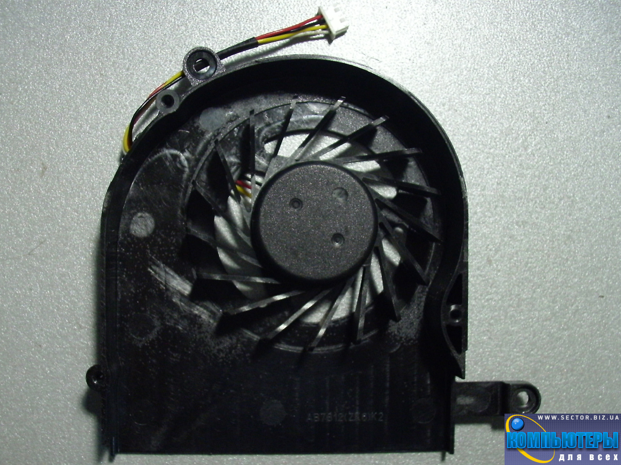 Кулер к ноутбуку Acer Aspire 5739 5739G p/n: AB7805HX-EBB (ZK6). Фото № 2.