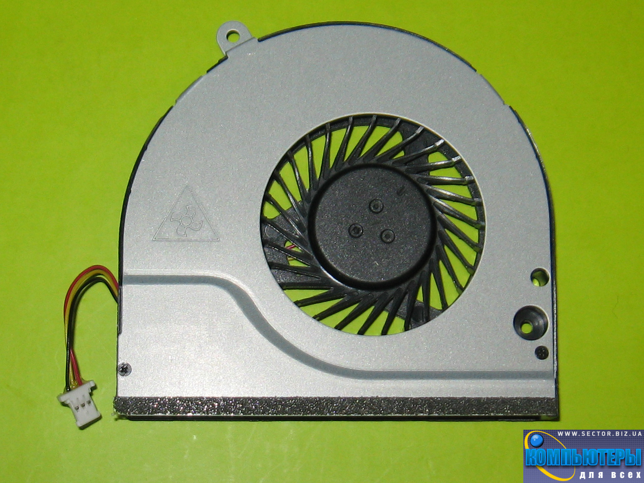 Кулер к ноутбуку Acer Aspire E1-530 E1-530G E1-570 E1-570G p/n: MF60070V1-C200-G99. Фото № 2.