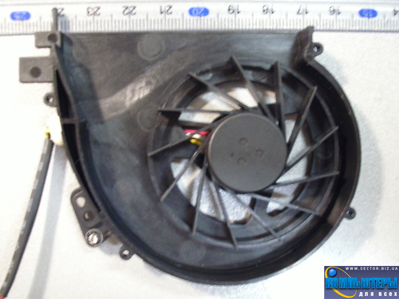 Кулер к ноутбуку Emachines E528 E728 p/n: MF60090V1-C120-S99. Фото № 2.